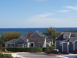 Seaside Condo 100 yards from pristine private beach.