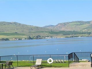 Waterfront Condo on Lake Chelan