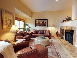 Lovely 3 bedroom with Grand Hyatt Spa + Gym Access