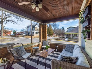Btown Bungalow - Cozy, 5 Blocks from IU & Kirkwood, Downtown, Porch, Remodeled