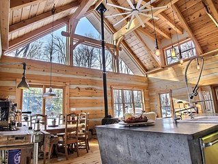 Luxury Cabin in The Woods. Large logs - Timberframe  (20min) to Ottawa