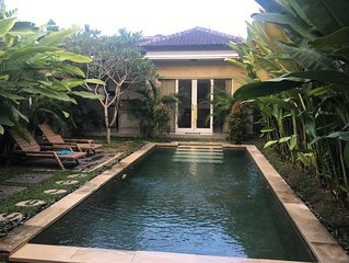 Private Villa, 2BD, infinity pool + 2 free scooters