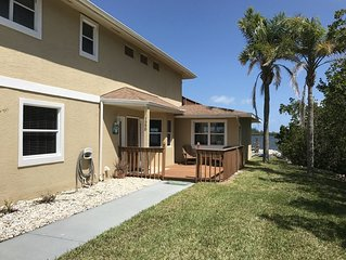 Peaceful Riverfront Retreat in Vero Beach with amazing views!
