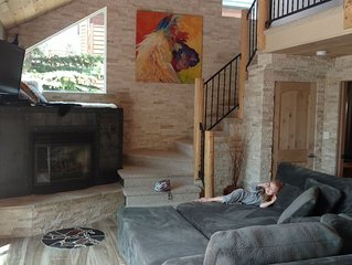 EURO-STYLE FRESH REMODEL IN THE HEART OF SKI COUNTRY- SILVERTHORNE CO