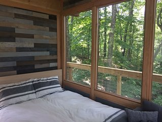 A romantic Treehouse getaway for Adults located in Hocking Hills!