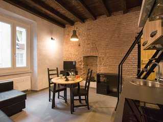 Stylish studio near Bocconi and Navigli. Stylish and w