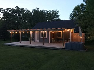 Newly Renovated, Comfortable Cottage with Year-Round Hot Tub Overlooking 4 Acres