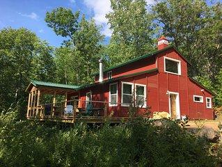 A spacious cabin on a Maine pond