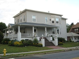 Ventnor Beach House  - Spacious and Charming - Only 1 Block to Beach & Boardwalk