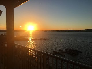 Beautiful 3 bedroom Crowne Pointe Condo on Lake Martin with panoramic lake views
