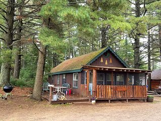 Boulder Junction Cabin on snowmobile trails and Fishtrap Lake!
