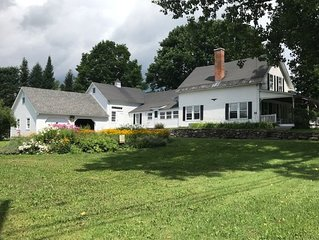 4 bedroom Vermont Farmhouse centrally located near ski resorts and lakes