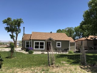 Cute Cottage - 3bedroom/2bathroom house 5 miles from Great Basin National Park