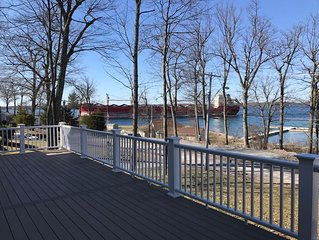 Riverview Vacation Home, Sleeps 10