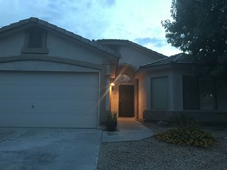 Beautiful Home In Las Cruces with Easy Access to Golf, Highway US 70 and I25