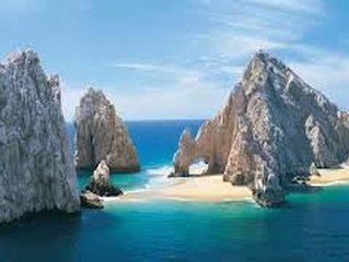 Paradise is Waiting l 4 -Star Beachfront Resort | Cabo San Lucas, Medano Beach