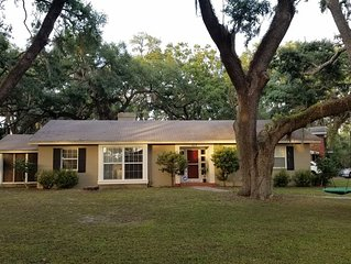 Home sweet home under the oaks