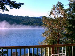 Peaceful Lakefront Retreat  / Monthly Rates, Business & Traveling Professionals