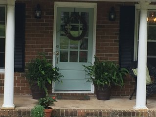 Family Friendly Home on Westside, Just 6 miles from Sanford Stadium