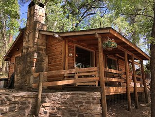 Rustic Cabin Getaway in Beautiful Pine AZ, WiFi&cable.