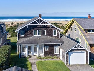 Gorgeous beachfront view house, close to Gearhart main street