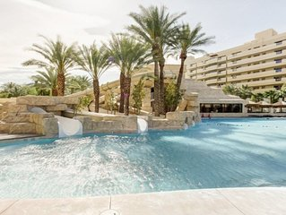 Cancun Resort-  just 3.1 miles from The Strip!