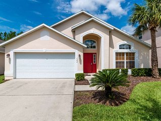 4 bedroom pool home in the perfect location close to Disney!