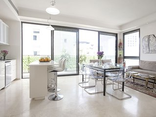 2 Bedrooms (Modern) Apartment - 10 Frishman Street.