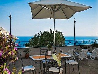 Villa Ursula A: Un incantevole appartamento che copre l'intero primo piano di un