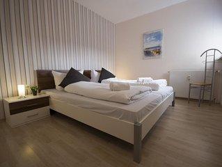 FB 02.01 - Modern ausgestattete Ferienwohnung mit Schwimmbad und Sauna fur 5 Per
