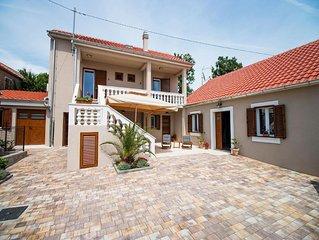 Ferienhaus Privlaka für 6 - 8 Personen mit 3 Schlafzimmern - Ferienhaus