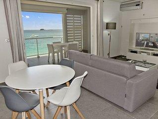 Appartement une chambre sur la plage de Grand Case, les pieds dans l'eau!!!