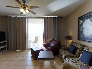 Pamper yourself with a vacation here in Catalina 1109 to get all the Beach Club