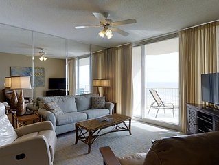 Spoil yourself with a beach vacation here in Catalina 1003!