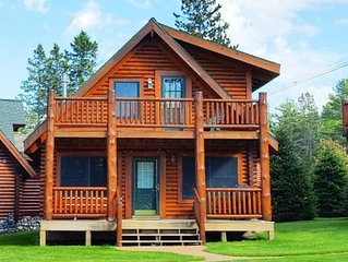 MACKINAW CITY area- LAKE HURON - charming log cabin