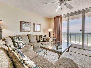 Crescent Shores 1104, 2 Bedroom Beachfront Condo, Hot Tub and Free Wi-Fi!
