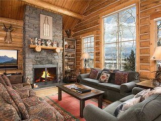 RMR: Luxury 3 BR Cabin with A/C + Walk to Skiing + Free Activities!