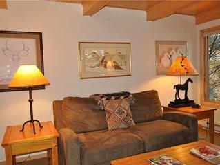 RMR: Cozy 1 Bedroom- Great Location in Teton Village! Free Activities Included!