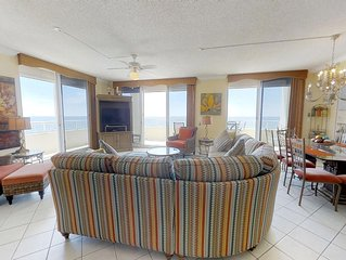 Beautiful Condo-Wrap around balcony-Gulf views!