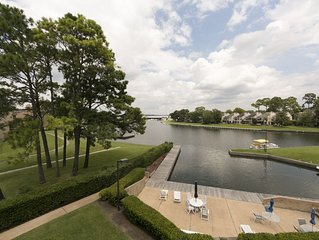 Large Waterfront Condo in Walden
