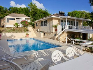 Galleon House - Luxurious with Maid Service & Pool on Beach