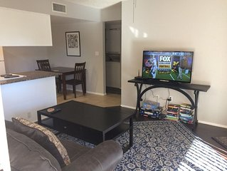 Scottsdale Condo Near Camelback & Old Town! 1 Mile From Giants Spring Training!