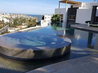 New! 2BR 2.5BA Top Floor Duplex with Private Rooftop on Pedregal Mountain!