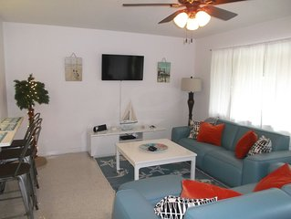 Cozy 2 Bedroom Home Close To Gulf Beaches .
