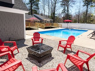 Kennebunk/Kennebunkport Beach House with Swimming Pool!
