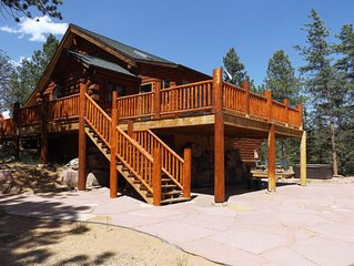 Cozy Log Home with Hot Tub, Decks, more on 50 private acres