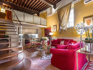 A Spacious Homey Contemporary 2 BR Apartment In Central Lucca inside the Walls