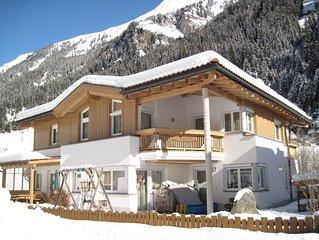 Grosszugige Ferienwohnung, 74m2, Top-Ausstattung im Tiroler Stil, 2 Schlafzimmer