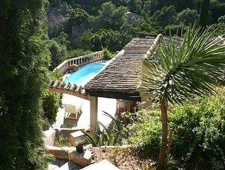 Villa provençale de caractère avec Piscine et vue sur les îles d'Hyeres