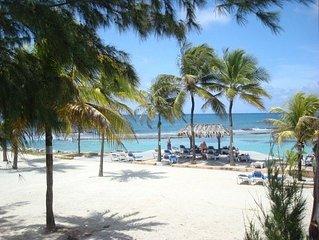 Villa La Detente avec acces a la plage